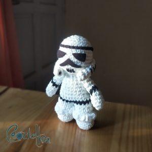 stormtrooper amigurumi pattern